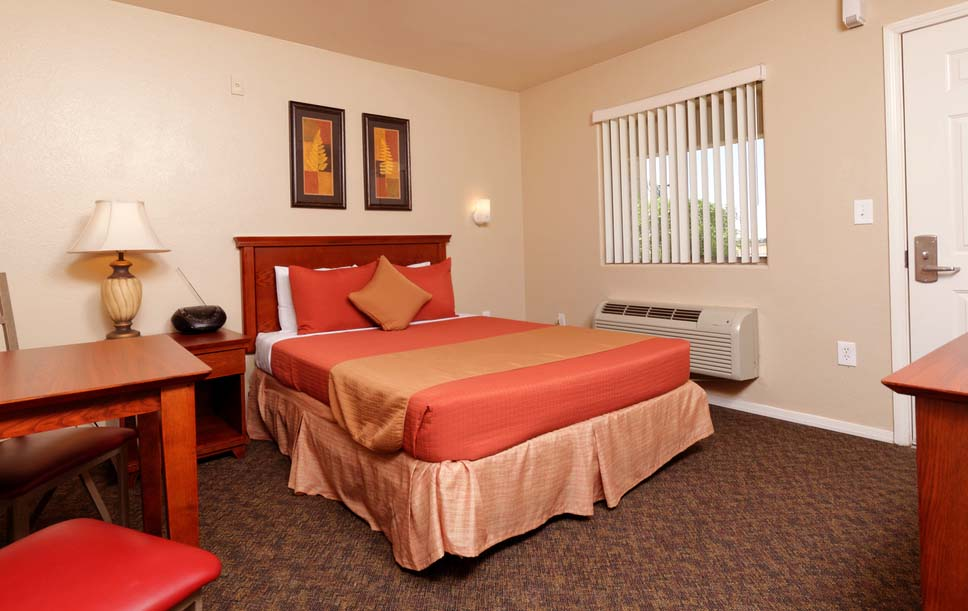 inside view of the hotel room - Siegel Select Casa Grande, AZ low cost extended stay hotel & apartment suites