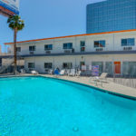 swimming pool - Siegel Select Convention Center Las Vegas best priced extended stay hotel suites & weekly / monthly apartment rentals