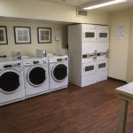 on site laundromat - Siegel Select Montgomery, AL low cost extended stay hotel suites & weekly / monthly apartment rentals
