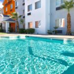 swimming pool - Siegel Select Las Vegas Blvd. affordable extended stay hotel suites & apartment rentals