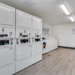 on site laundromat - Siegel Select Bossier City, LA best priced extended stay hotel suites & weekly / monthly apartment rentals